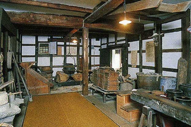 「宮島 歴史民俗資料館」は、江戸時代の豪商・江上家の邸宅をそのまま利用して、「資料館