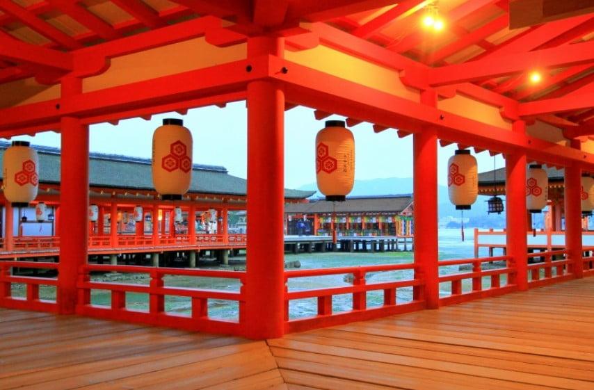 厳島神社の混雑状況と混雑を回避できる空いている時間帯