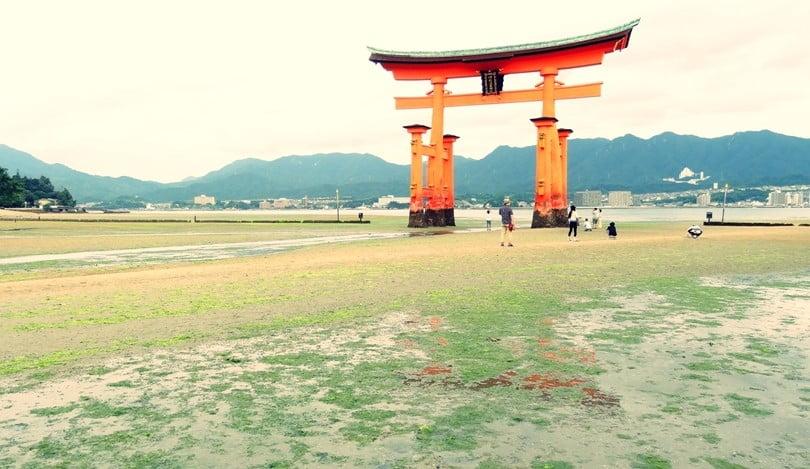 厳島神社の干潮の平均的な時刻
