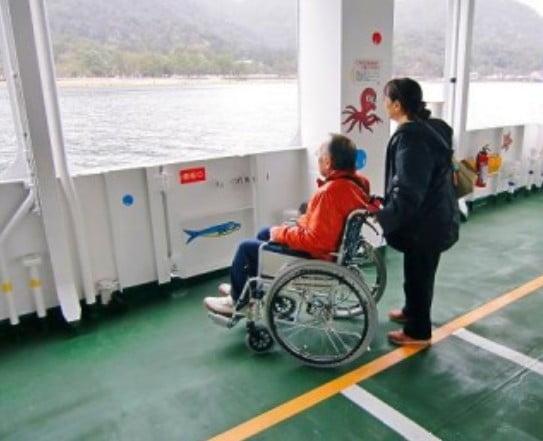 宮島口のフェリーでの車椅子(バリアフリー)について